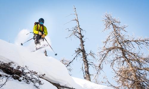 Här finns det gott om snö och mjuk landning i Serre Chevalier, Frankrike - Skid drop
